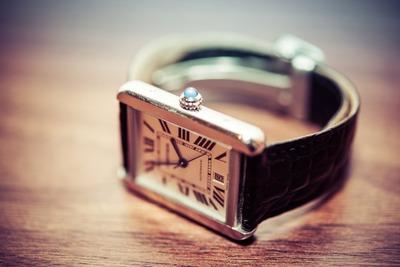 高級腕時計とか外車買う理由って何