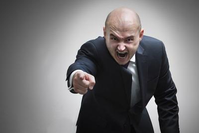 知恵者「クレジットカードのリボ払いは危ない!元本全く返済できなくなるぞ!」ワイ「はぁ」ハナホジー
