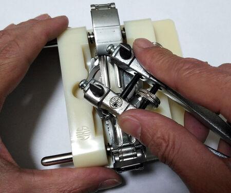 オレオール AUREOLE電池を交換2