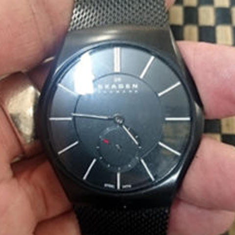 SKAGENスカーゲンの腕時計の電池交換-1