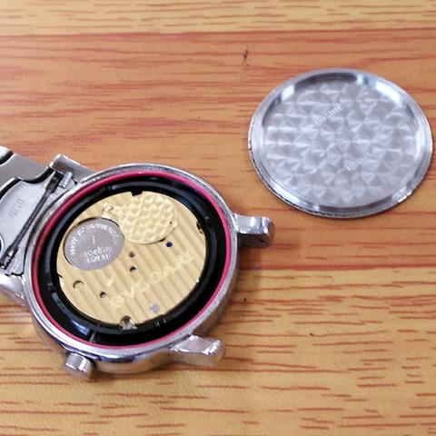 ブルガリ 時計の電池交換1