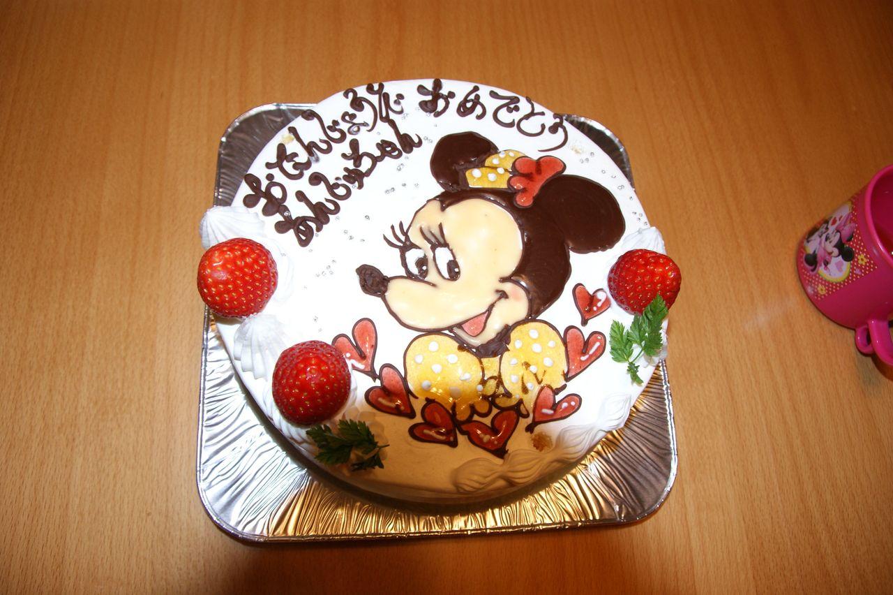 ミニーちゃんケーキ