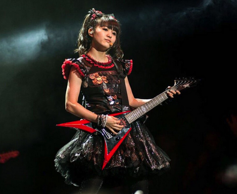 babymetal-guitar2