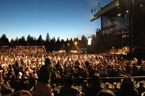Lake-Tahoe-Outdoor-Arena