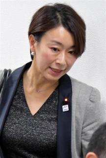 """""""ダブル不倫疑惑""""山尾志桜里議員、離婚していた"""
