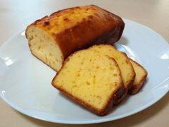 クリームチーズとオレンジピールのパウンドケーキ