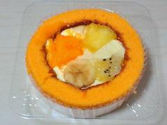 プレミアムトロピカルフルーツのロールケーキ2