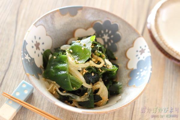 【レシピ】ワカメの胡麻和え|低コスト低カロリー!5分で1品