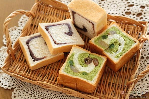 四角いあんぱん+抹茶ぐるぐるパン
