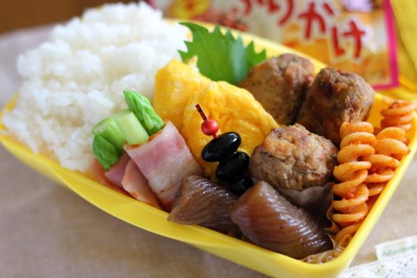 とりあえず今朝のお弁当【肉団子作りおき】/地震のこと