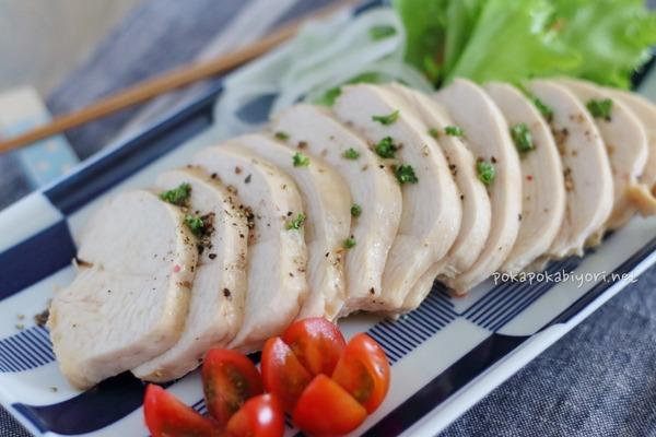梅酒のクエン酸でやわらかく!レンジ鶏ハムレシピ|献立紹介