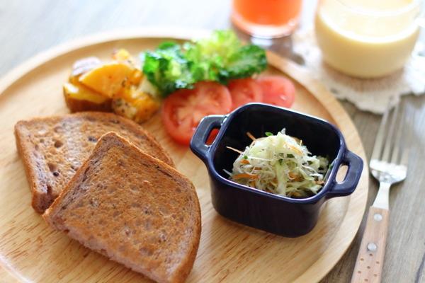 【円熟五穀+甘酢じゃこサラダ】で食べる身体に嬉しいモーニングプレート