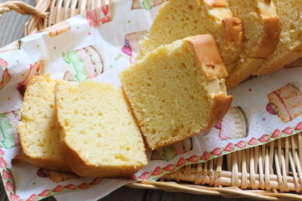 アイスクリームと薄力粉を混ぜて作るだけのパン