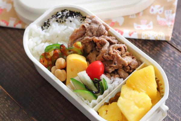 豚肉の味噌煮+ピザピーマン【レシピ付き弁当記録】