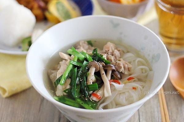 鶏肉のエスニックスープ|おうちご飯の献立写真付き