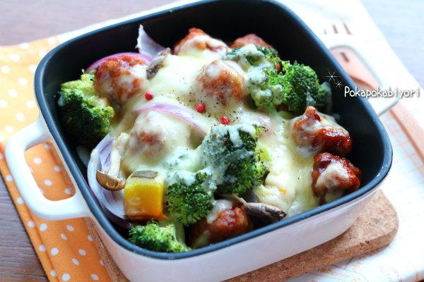 ストックおかずの【ポークボール】で作る 野菜たっぷりチーズ焼き