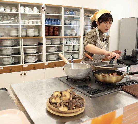 料理教室の様子と、原木栽培の乾しいたけについてのあれこれ