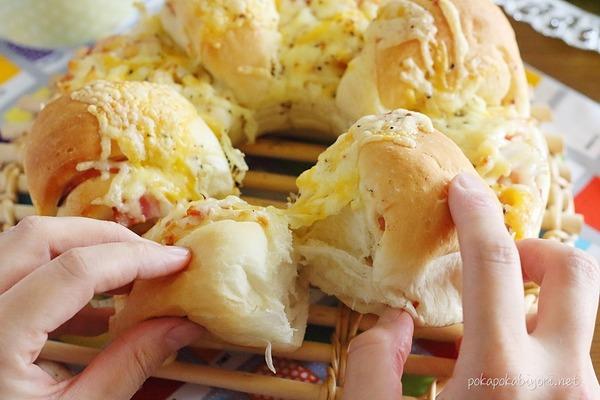 成形超簡単!ベーコンオニオンチーズパン