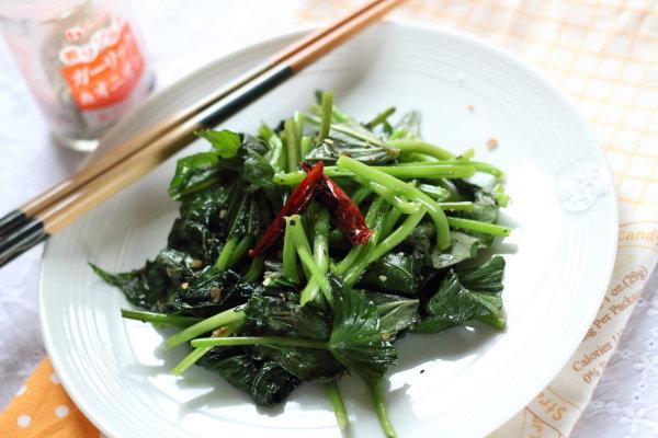 この野菜わかりますか? 【いもづるペペロンチーノ】レシピ