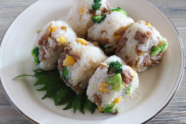なにわの伝統野菜:高山ごぼうを使った【豚ごぼう甘辛煮のおにぎり】