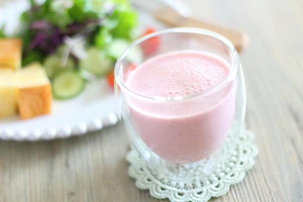 いちご甘酒スムージー|食べ過ぎ防止の為に…