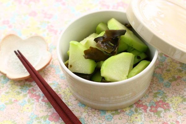 はやとうり&めかぶ茶の浅漬け  &めかぶ茶活用して、めかぶの中華風卵スープ