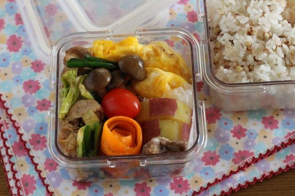 ラム肉野菜炒め弁当(写真は大人弁)|320ml保存容器を弁当箱がわりにしてますが買ってよかった、これ!