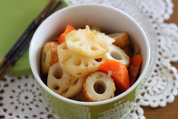 れんこんとにんじんの甘酢煮(一押し副菜)|今日のお昼ごはんの献立写真