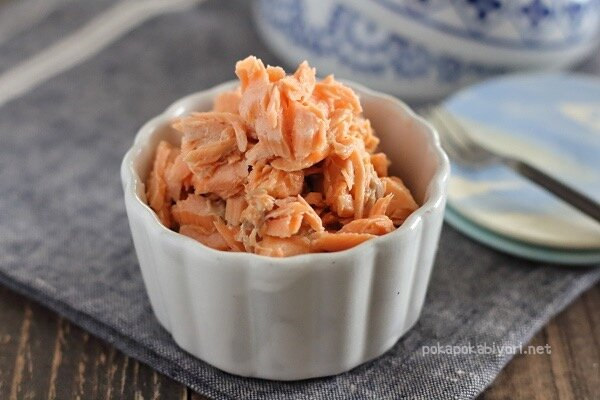 レンジで作る簡単鮭フレーク|加熱4分!ほぐすだけ