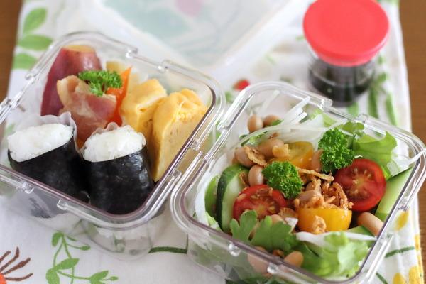 サラダ弁当|5秒で作るドレッシング;液漏れしないカップ
