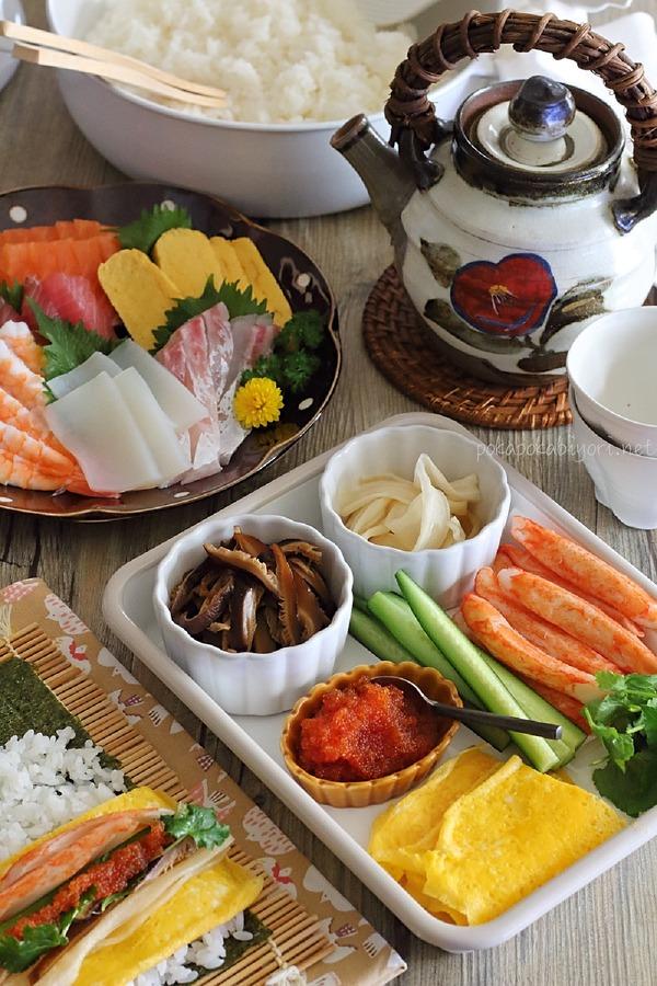 恵方巻きと手巻き寿司の献立写真