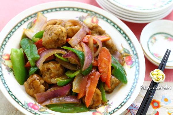 ストックおかずの【ポークボール】で作る 酢豚風野菜炒め