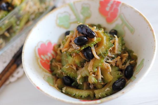 黒豆入りゴーヤーの煮物|たんぱく質&カルシウムUP