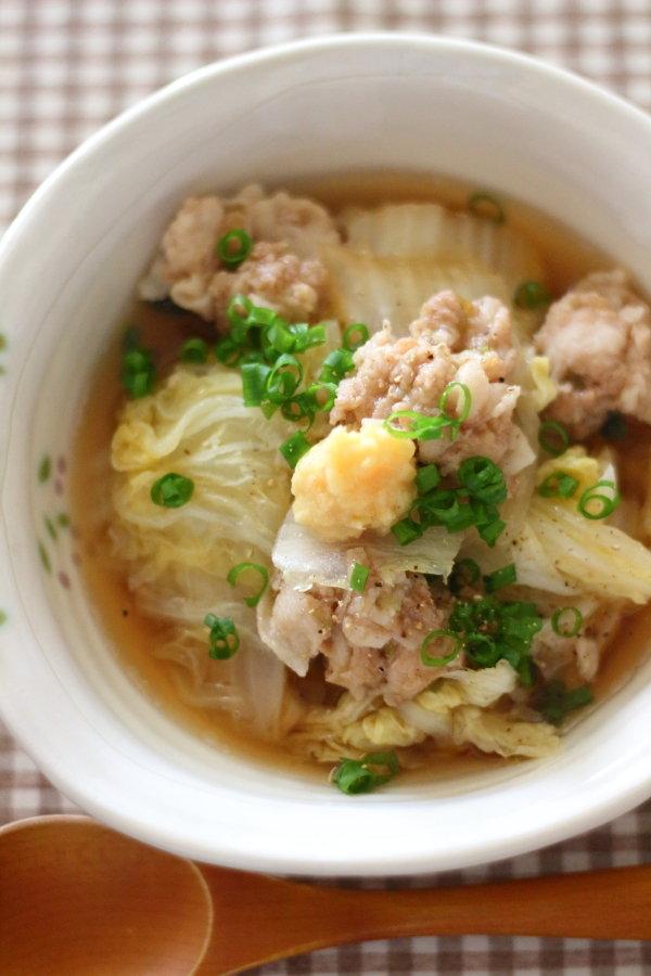 白菜と豚肉団子のスープ &アサギマダラが飛んできました