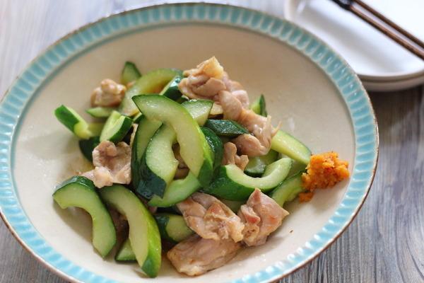 鶏肉ときゅうりのマヨポン炒め