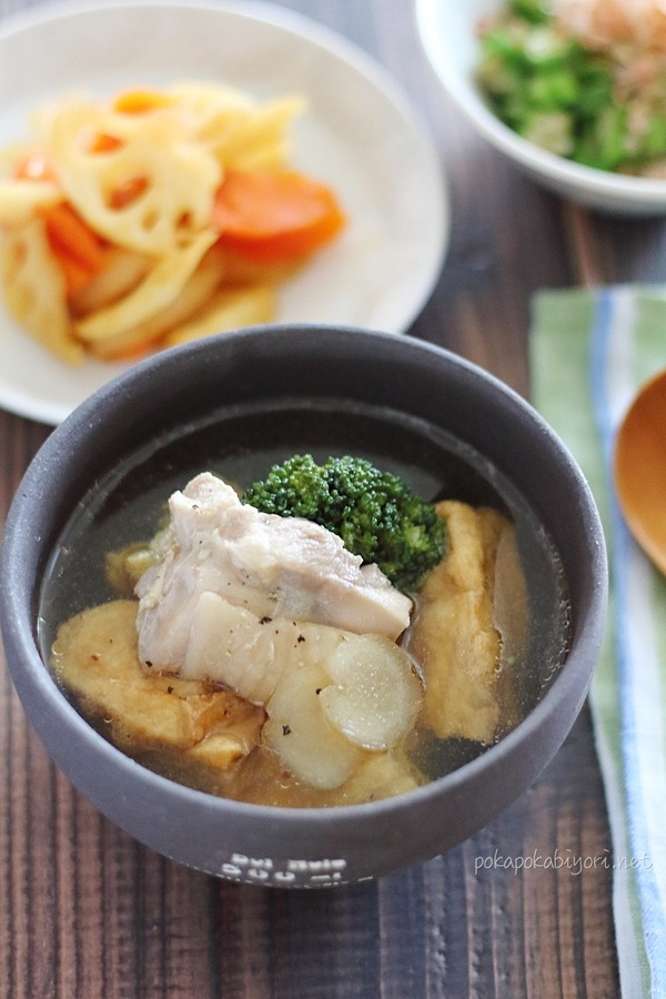 鶏肉と厚揚げの生姜スープ