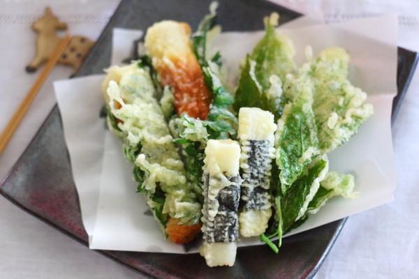ちくわの大葉巻き、長芋の海苔巻き、明日葉 天ぷら3種