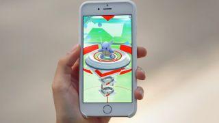 pokemon-go-update-pokesen-stop-gym-1