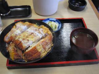 まる栄カツ丼850円
