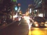 メイドカフェ_Milkcafe_通りを見渡す2