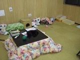 にゃんこかふぇ_ねこCOちゃ_店内眠る猫達とコタツ