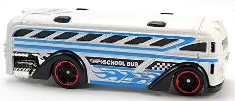 Surfin%u2019-School-Bus-x