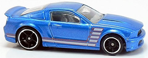 Custom-07-Ford-Mustang-b