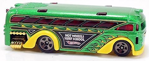 Surfin%u2019-School-Bus-o