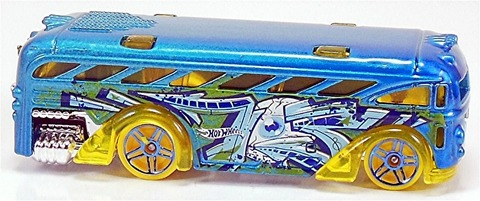 Surfin%u2019-School-Bus-t