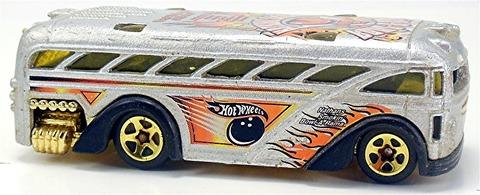 Surfin%u2019-School-Bus-e