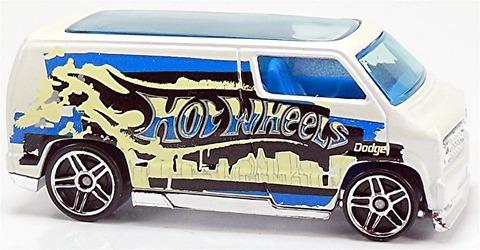 Custom-'77-Dodge-Van-e