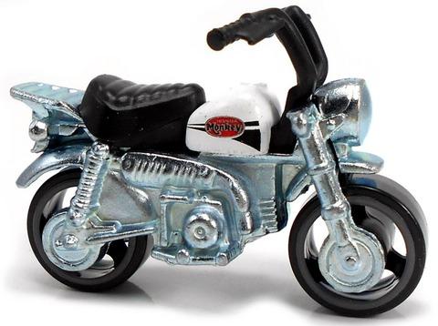 Honda-Monkey-Z50-g-1024x764