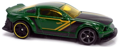 2005-Ford-Mustang-i-1024x407