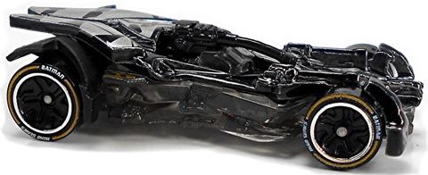 Batman-Justice-League-Batmobile-h-1024x419
